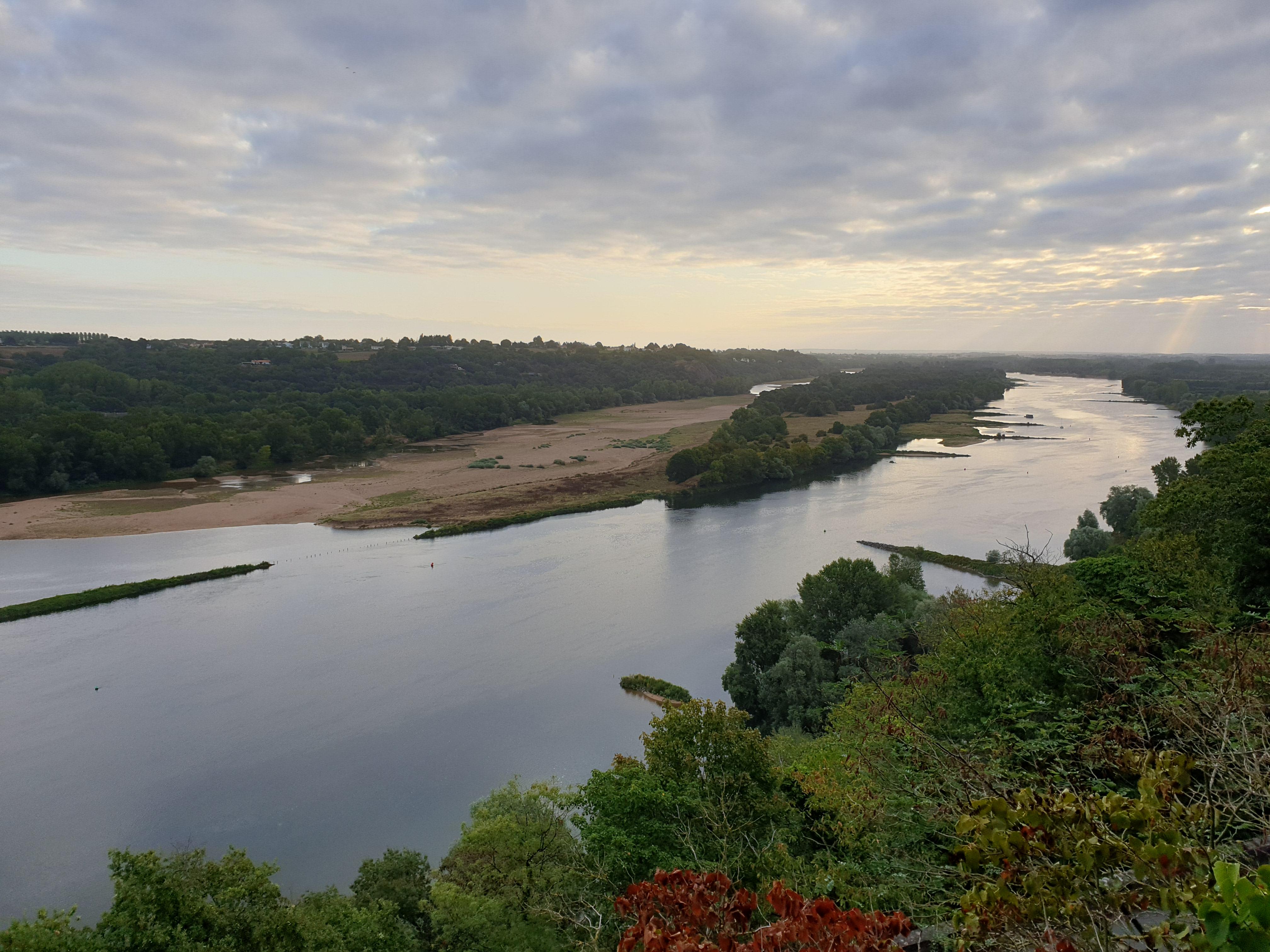 la Loire au matin Champtoceaux
