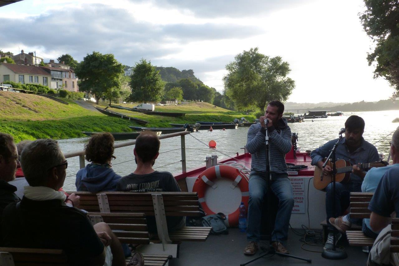 Croisière apéro-concert en Loire